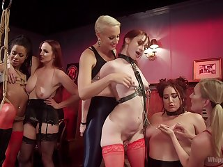 Mistress Kara and group og horny ladies decide to reach an orgasm together