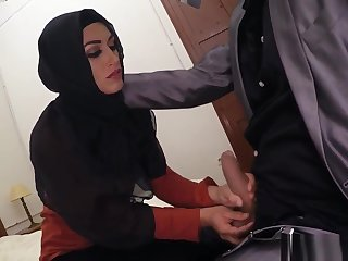 Amateur latina bbc blowjob The best Arab porn in the world