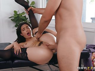 Bitch with trimmed cunt, first hard shag at the office